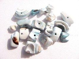 Perleťové korálky mix světle modrá