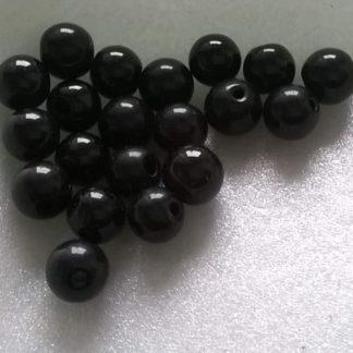 černé skleněné korálky