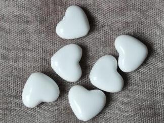 Korálky akryl Srdíčko 14 x 12 mm bílé